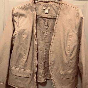 Cute tan jacket.
